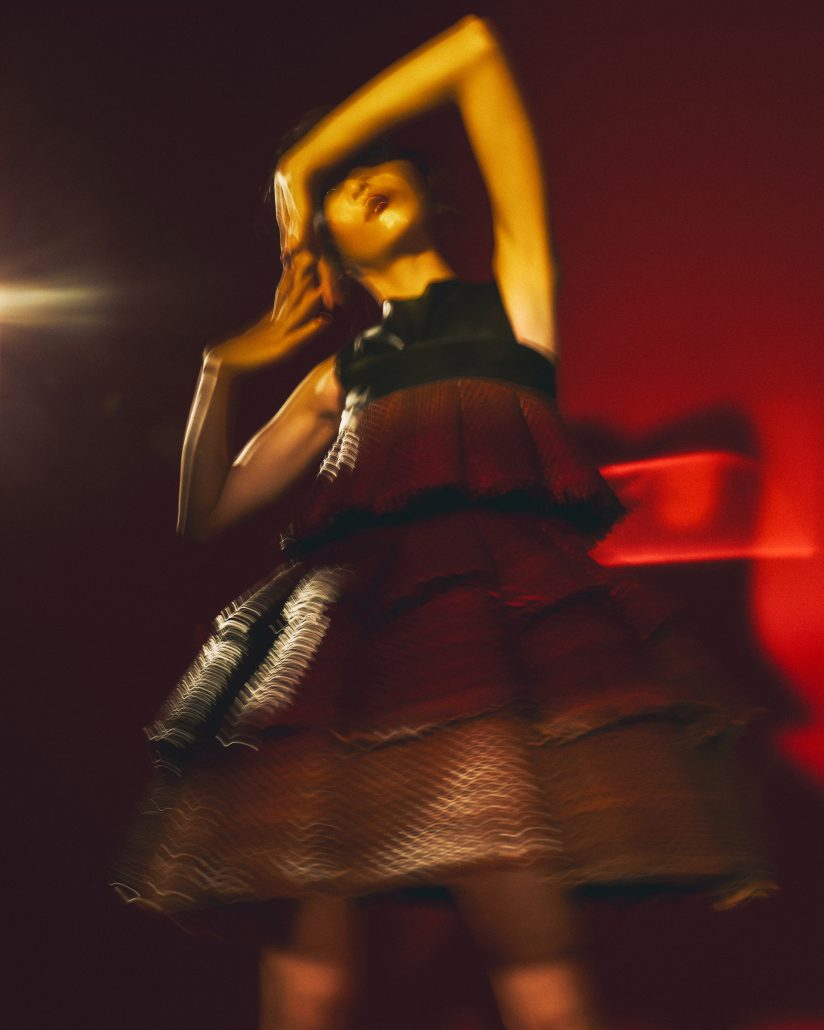 002 BLURRY RED BEAMS FROM THE EAST EDITORIAL Alessio Cocchi 1